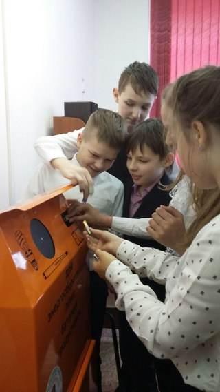 Сбор батареек в школе